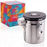 WithoutCoffeeWithoutMe Premium 500g Kaffeedose aus Edelstahl zur Aufbewahrung von Kaffee - Licht- und Luftdichter Vorratsbehälter - Inkl. Edelstahldosierlöffel, Halterung und 2 Ersatzventile!