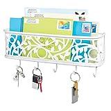 mDesign Schlüsselbrett mit Ablage - wandmontiertes Schlüsselboard aus Metall für Eingangsbereich, Küche und Büro - mit fünf Haken und Briefablage für Post - mattweiß