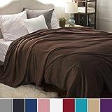 Kuscheldecke XXL Flauschige Wohndecke Braun 270x230cm - Fleece Tagesdecke für Bett - hochwertige Decke warme weiche Microfaser Fleecedecke von Bedsure