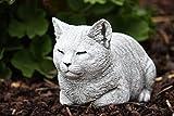 Steinfigur Katze ruhend, massiver Steinguss, frost- und wetterfest bis -30°C