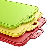 Zanmini Schneidebrett Hackbrett Küchenbretter Frühstücksbretter Brotbrett Set (3PCS), Essbares PP-Material, Rutschfeste Schneidematte in Rot Gelb Grün