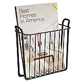 mDesign Zeitungshalter für die Wand – schöner Zeitschriftensammler aus Metall für Badezimmer, Küche oder Büro – auch für Bücher, Tabletts etc. geeignet – Farbe: Schwarz