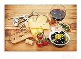 Wallario Herdabdeckplatte / Spritzschutz aus Glas, 1-teilig, 80x52cm, für Ceran- und Induktionsherde, Motiv Genuss am Abend - Rotwein, Käseplatte, Oliven und Tomaten