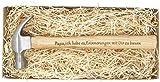 Geschenk für Papa : Gravierter Holzhammer : ' Papa, ich liebe es, Erinnerungen mit Dir zu bauen ' - ' Du bist der Hammer ' - Besonderes Geburtstagsgeschenk für Papa - Vatertagsgeschenk , Geschenk für Väter
