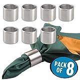 mDesign 8er-Set Serviettenringe – praktische Serviettenhalter aus gebürstetem Edelstahl – stilvolle Stoffserviettenringe für festliche Anlässe – mattsilber