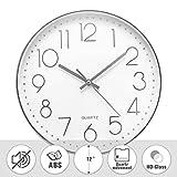 Jeteven® 30cm Rund Wanduhr mit geräuscharmem Uhrwerk mit schleichender Sekunde groß Quarz-Wanduhr Kinderuhr ohne Tickgeräusche modern für Wohn- /Schlaf- / Kinderzimmer Büro Cafe Restaurant (Silber)