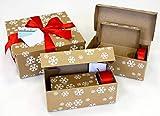 Geschenkverpackung Geschenkkarton Weihnachten als Alternative zu Geschenkpapier - aus Wellpappe mit 5 unterschiedlich großen Geschenkboxen, rot satiniertem Geschenkband sowie Grußkärtchen (12 teilig)