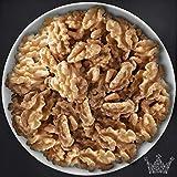 Walnüsse, halbe/große Früchte, PREMIUM QUALITÄT, bitterfrei, zum Knabber & Backen, für Müslis, Desserts & Salate, Vorteilspack 900g - Bremer Gewürzhandel