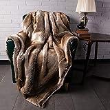 BATTILO HOME Überwurf aus Kunstfell, warm, elegant, gemütlich, dekorativ, für Bett, Sofa, 150 x 200 cm