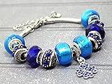 Edelstahlarmband Charms Thurcolas Modell Manhattan mit Klee-Anhänger mit blauem Kristallen