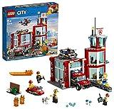 LEGO 60215 City Feuerwehr-Station, Bauset mit Lastwagen, Wasserscooter, Drohne und 3 Feuerwehr-Minifiguren sowie Licht- und Ton-Stein, Feuerwehrspielzeuge für Kinder