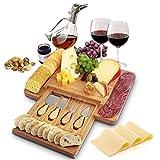 Home Euphoria Natürliche Bambus-Käseplatte und Besteck mit ausziehbarer Schublade - Serviertablett für Wein, Cracker, Charcuterie