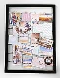 Spetebo Fotohalter 75x55 cm schwarz - Gummileine mit 20 Holz Klammern - Fotorahmen Bilder Rahmen Galerie