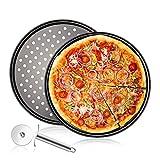 N Rundes Pizzablech,Pizzaset 3-teilig,mit Pizzaschneider KitchenCraft Antihaft-Pizza-Backblech mit Löchern,Backset aus Beschichtetem Carbonstahl,Pizza & Flammkuchen,32cm Ø,grau (2er Pack)