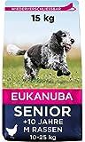 Eukanuba Hundefutter mit frischem Huhn für mittelgroße Rassen, Premium Trockenfutter für Senior Hunde, 15 kg
