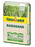 Floragard Rasen-Sand 15 kg für 10 m² • Rasenpflege • zum Lüften schwerer Böden • streuwagenfähig • zum Topdressing  nach dem Vertikutieren • zum Ausgleichen von Unebenheiten
