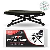O³ Fußbank Gitarre // für Erwachsene und Kinder // Gitarrenfußbank inklusive 2 Plektren // Höhenverstellbar auf 5 Stufen // robust und rutschfest // Guitar foot rest