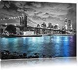 New York Skyline am Abend schwarz/weiß Format: 100x70 auf Leinwand, XXL riesige Bilder fertig gerahmt mit Keilrahmen, Kunstdruck auf Wandbild mit Rahmen, günstiger als Gemälde oder Ölbild, kein Poster oder Plakat