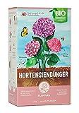 Plantura Bio Hortensiendünger mit 3 Monaten Langzeitwirkung, 1,5 kg für prächtige Hortensien in Beet & Topf, Bio-Qualität, gut für den Boden, unbedenklich für Haus- & Gartentiere