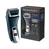 Remington Elektrischer Rasierer Herren F7800 (+LED Minuten-Display, Netz-/Akkubetrieb), Trocken-Rasierapparat, Präzisionstrimmer, Abwaschbar (Folienrasierer)
