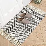 hi-home Baumwolle Teppich, Boho Gewebte Teppich mit Quasten Waschbar Retro Teppiche Läufer für Wohnzimmer Schlafzimmer Eingangstür Küche 60x90cm(Schwarz)
